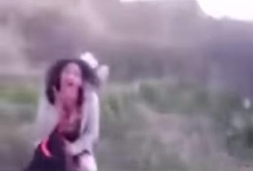 مراكش : مواطنون ينقذون فتاة من أيدي ذئب ادمي كان يغتصبها..